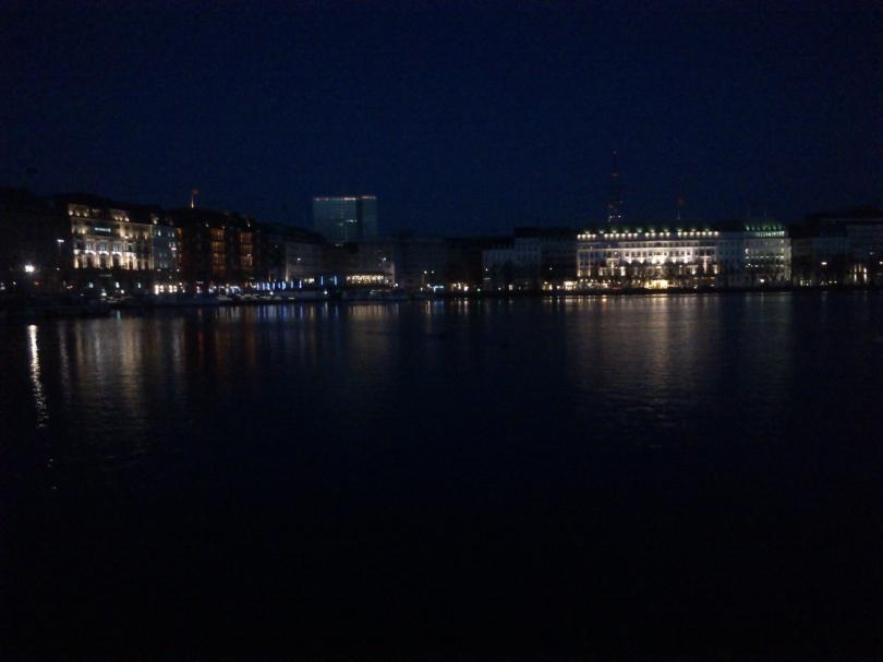 Zeitiger Morgen in Hamburg