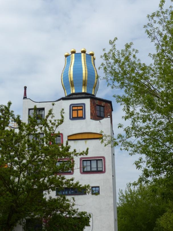 Hundertwasser Schule in Wittenberg Turm